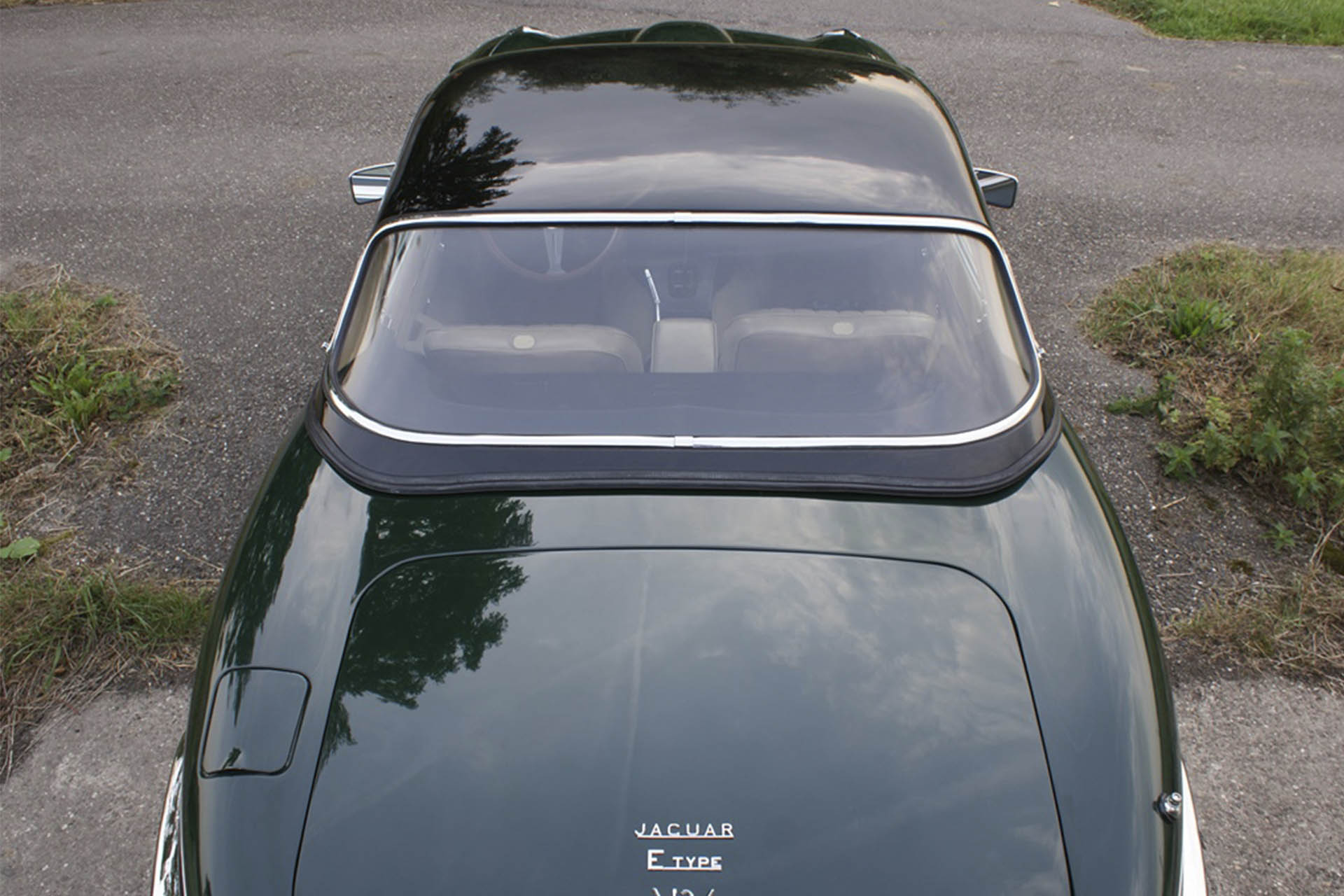 Real Art On Wheels | 1974 Jaguar E-Type Series III V12
