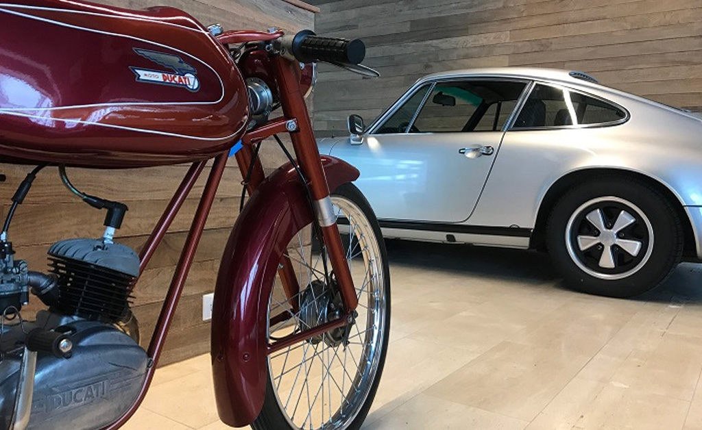 Real Art On Wheels | Historic Motorcars Pop-Up Store In Amsterdam
