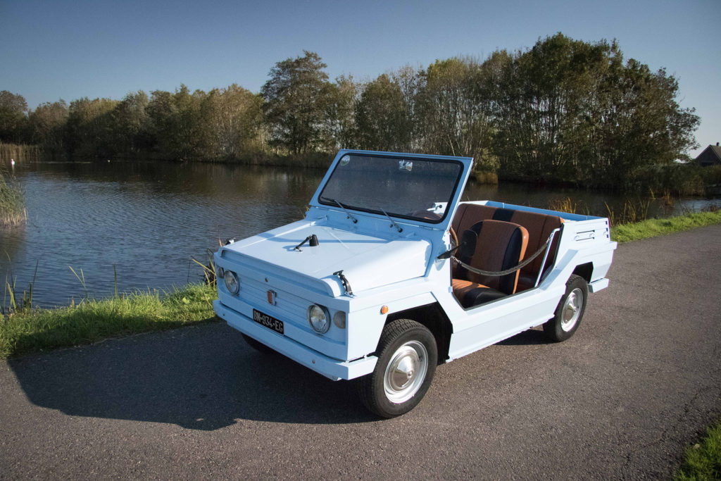 Real Art On Wheels | The Collection - 1971 Moretti Jolly Beachcar