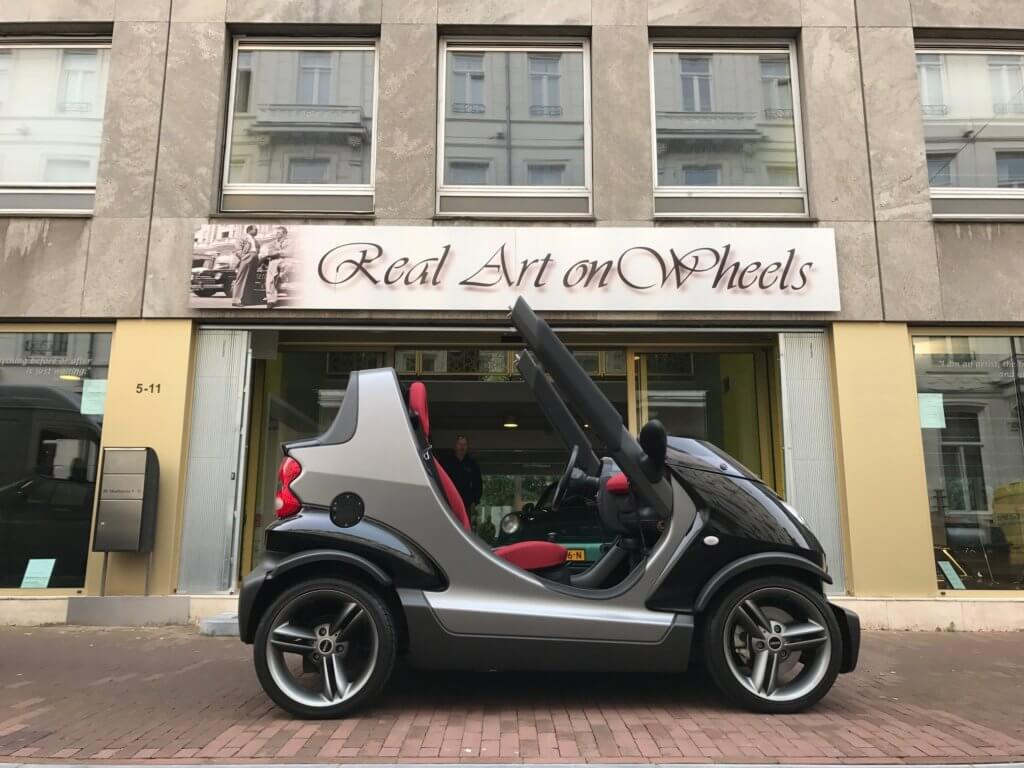 Real Art on Wheels | Smart Crossblade