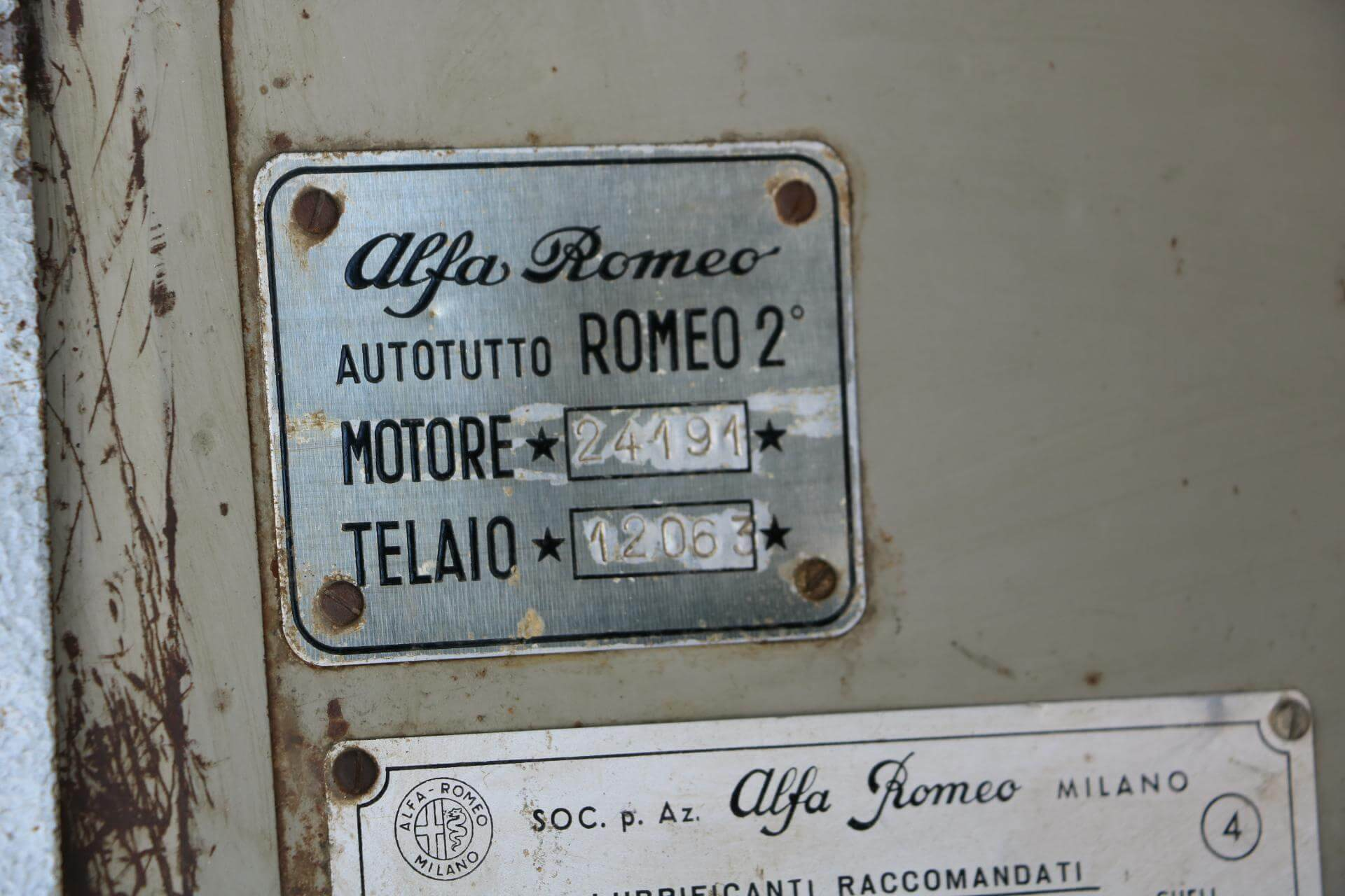 Real Art on Wheels | Alfa Romeo Romeo 2