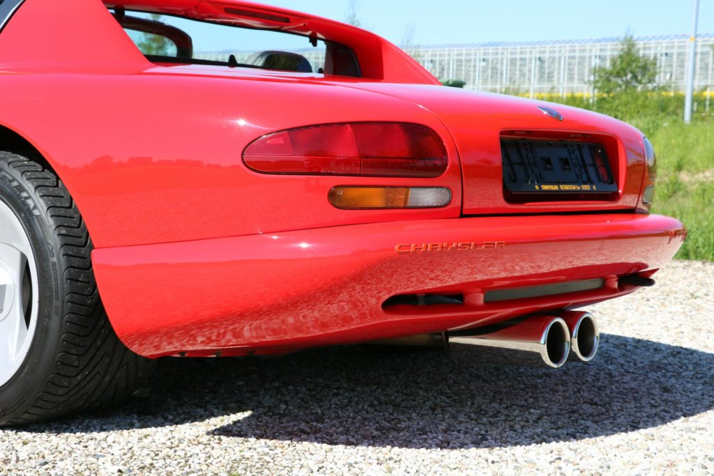 Real Art on Wheels | Dodge Viper