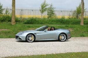Real Art on Wheels | Ferrari California T