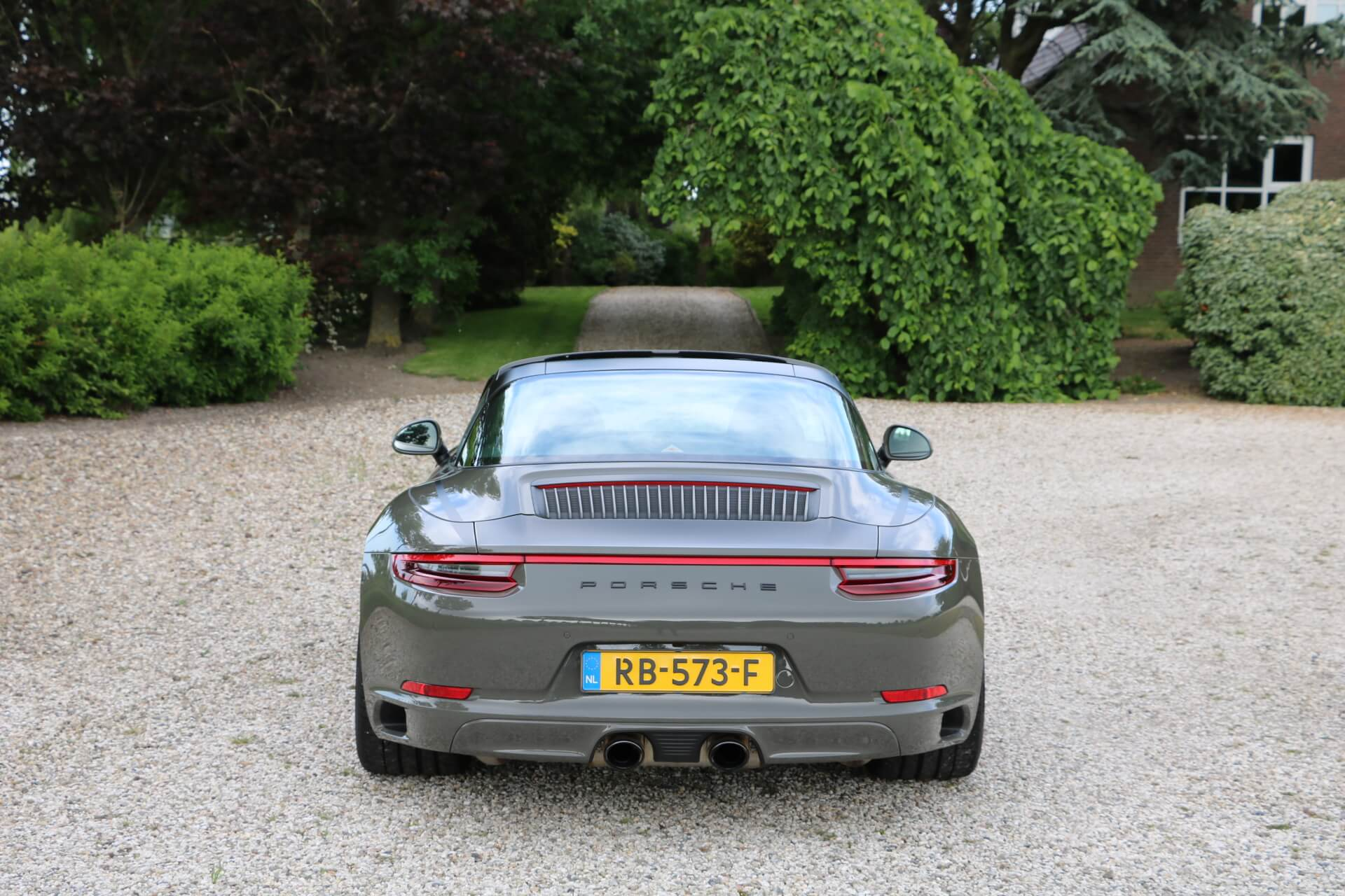 Real Art on Wheels | Porsche 991 Targa 4S
