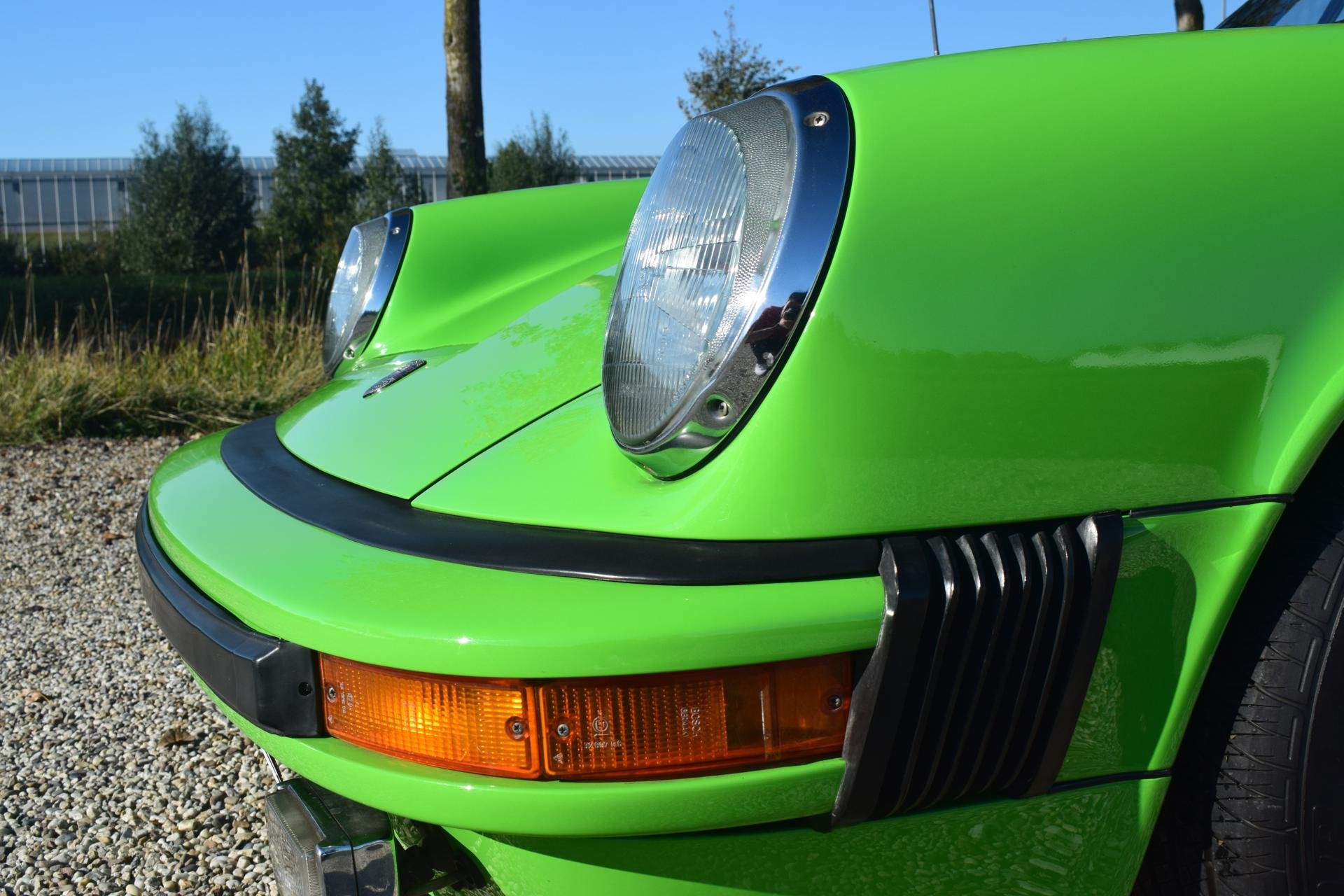 Real Art on Wheels | Porsche 911 gelbgrun