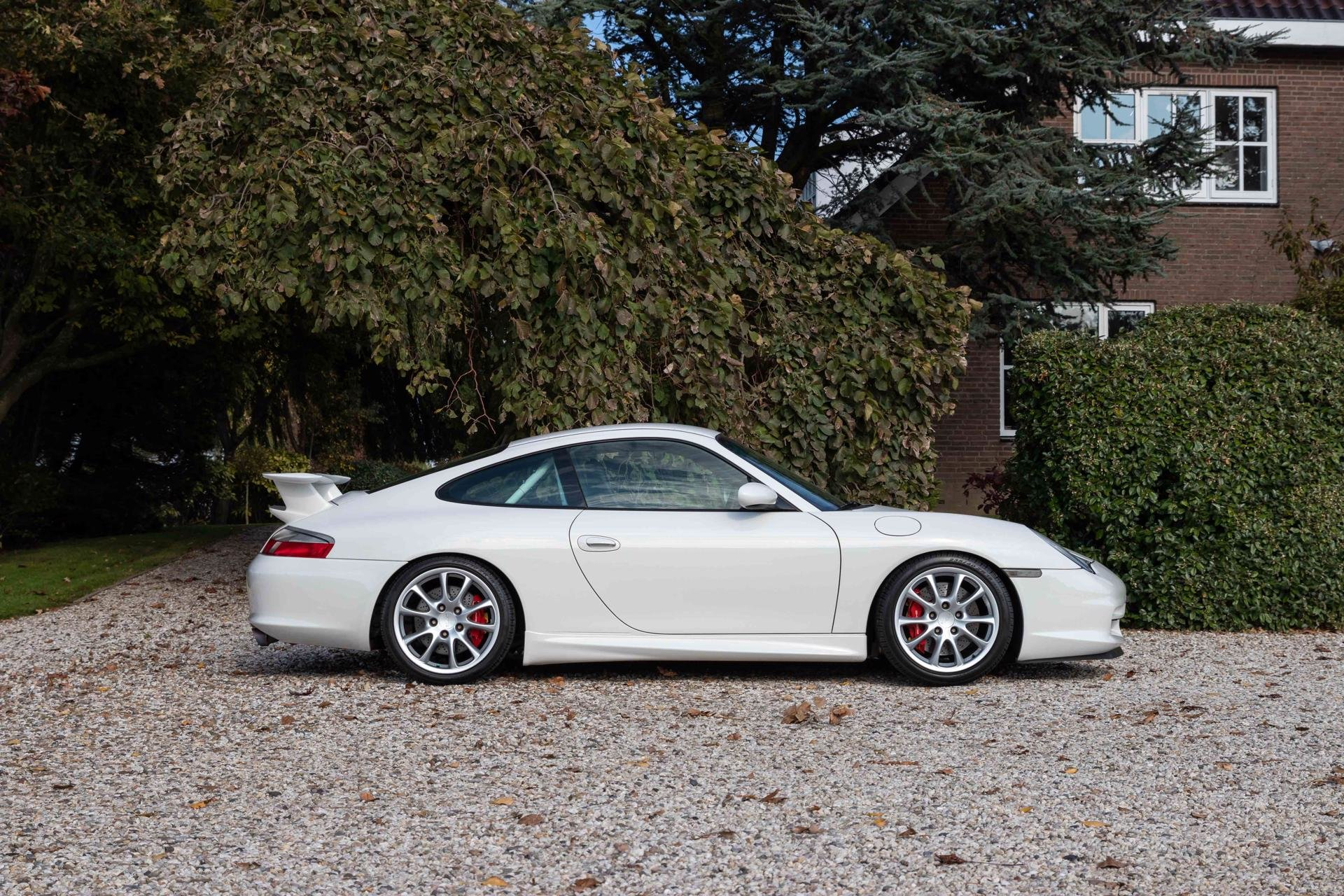 Real Art on Wheels | 2003 Porsche 996 GT3 Mark II