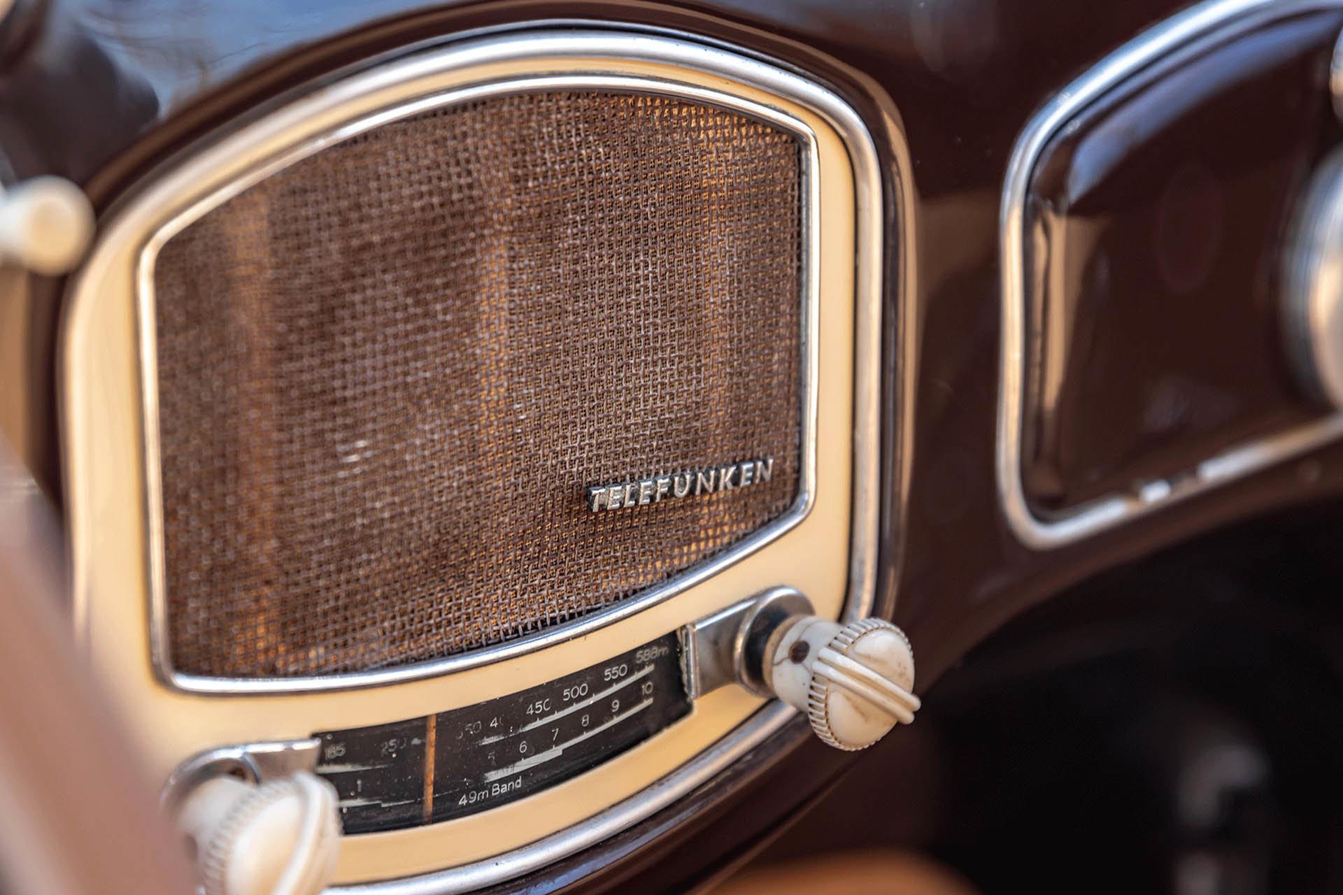 Real Art on Wheels | Volkswagen Beetle 1952