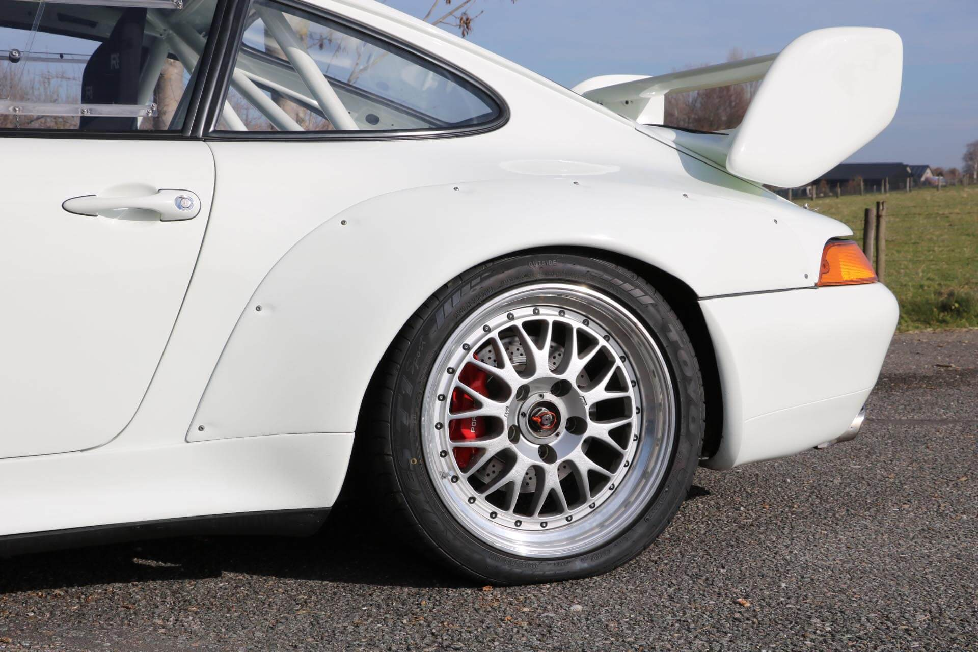 Real Art on Wheels | Porsche 993 Cup 3.8