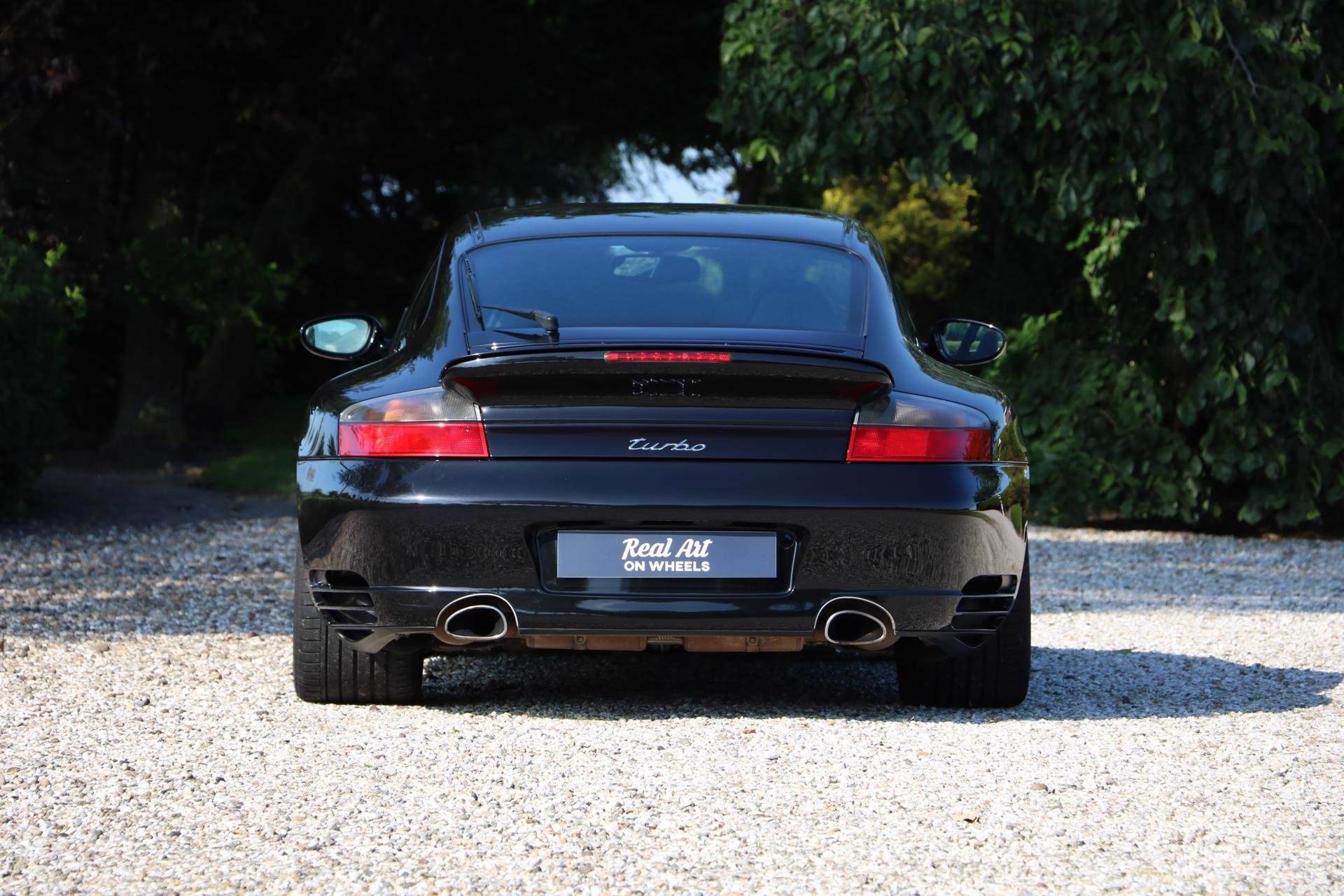 Real Art on Wheels | Porsche 996 Turbo