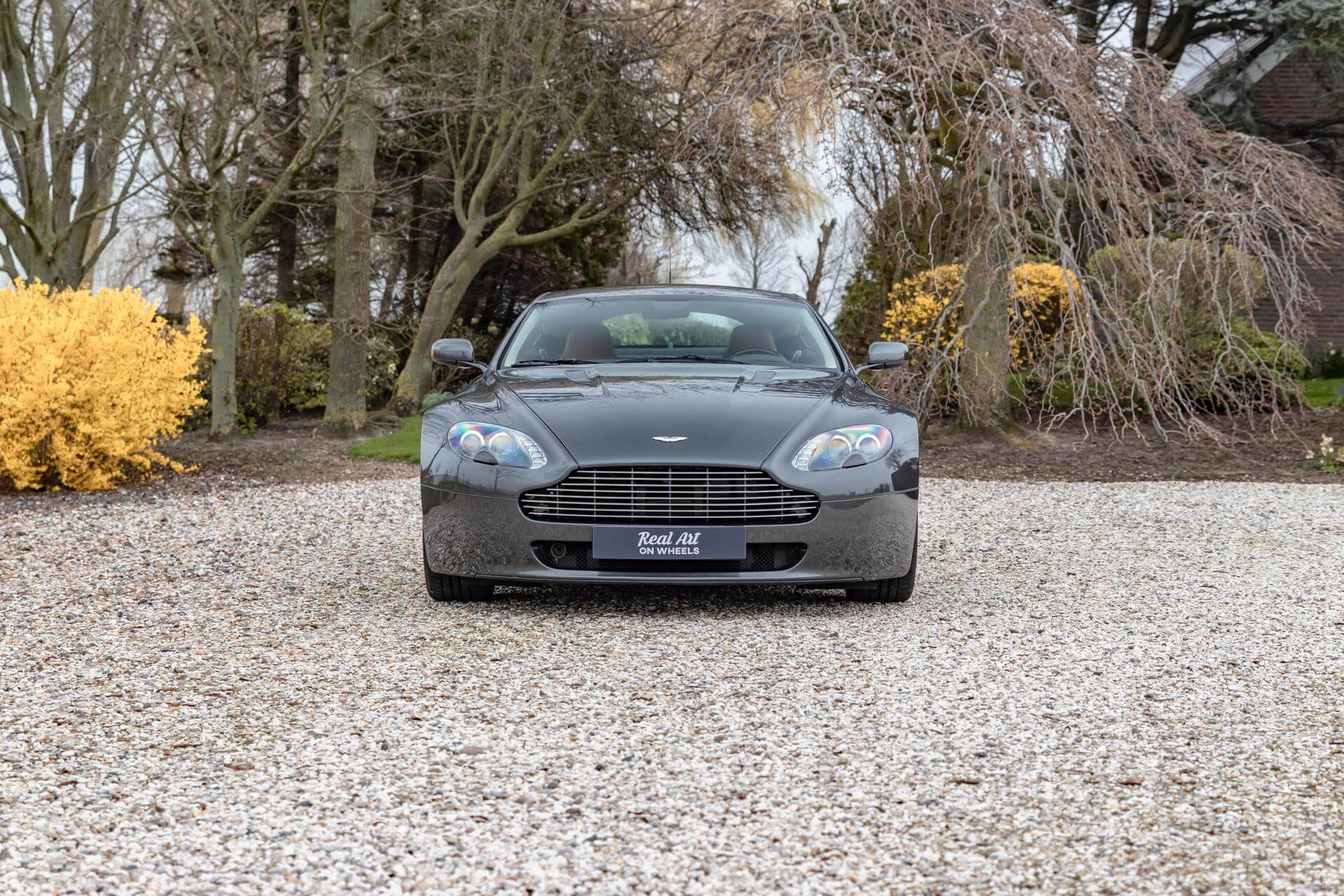 Real Art on Wheels | Aston Martin V8 Vantage