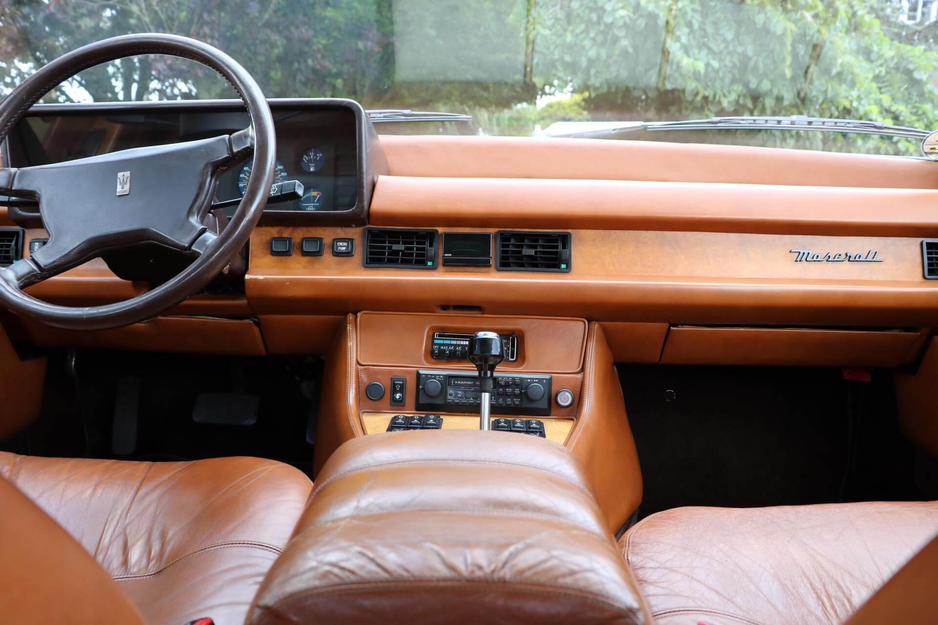 Real Art on Wheels   Maserati Quattroporte III 4900