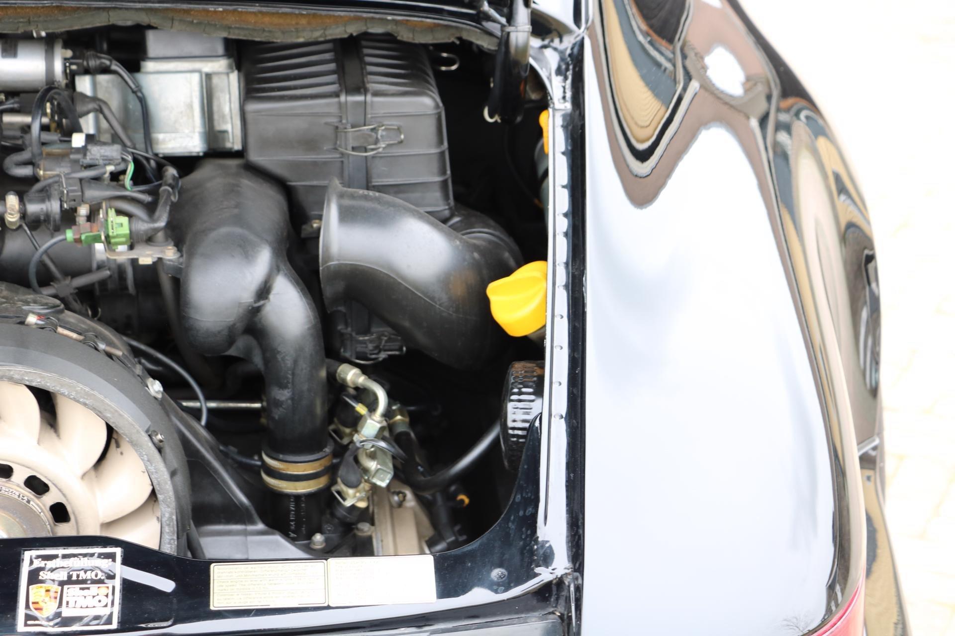 Real Art on Wheels | Porsche 964RS