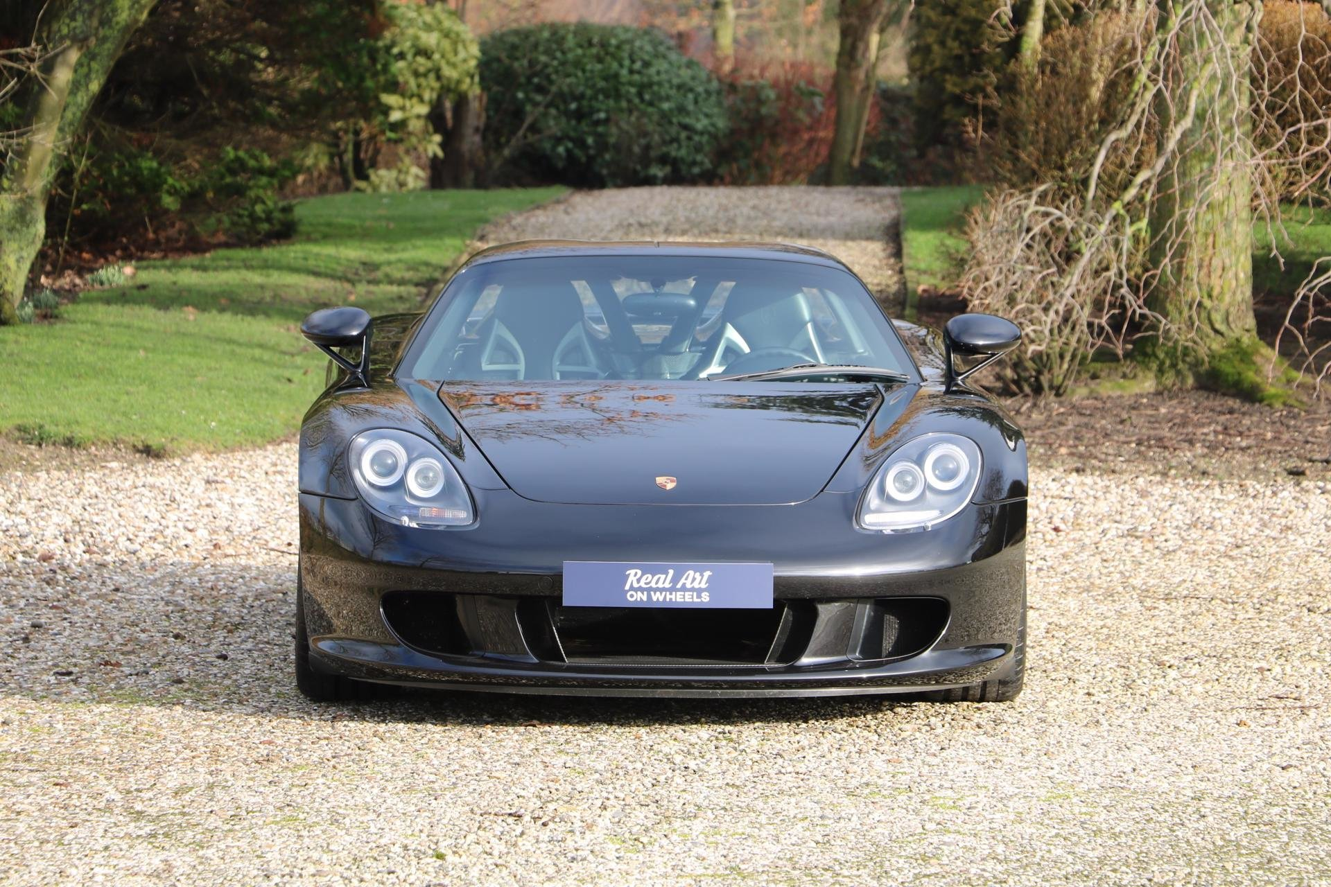 Real Art on Wheels | Porsche Carrera GT
