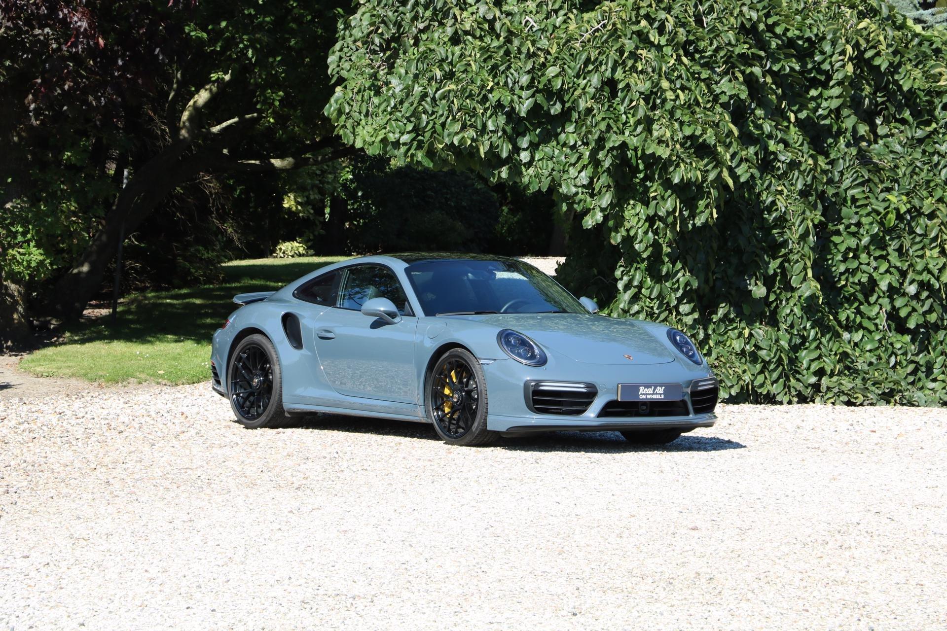Real Art on Wheels | Porsche 991 Turbo S