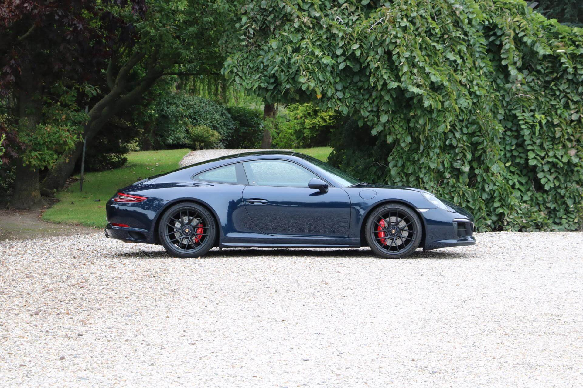 Real Art on Wheels | Porsche 991 GTS