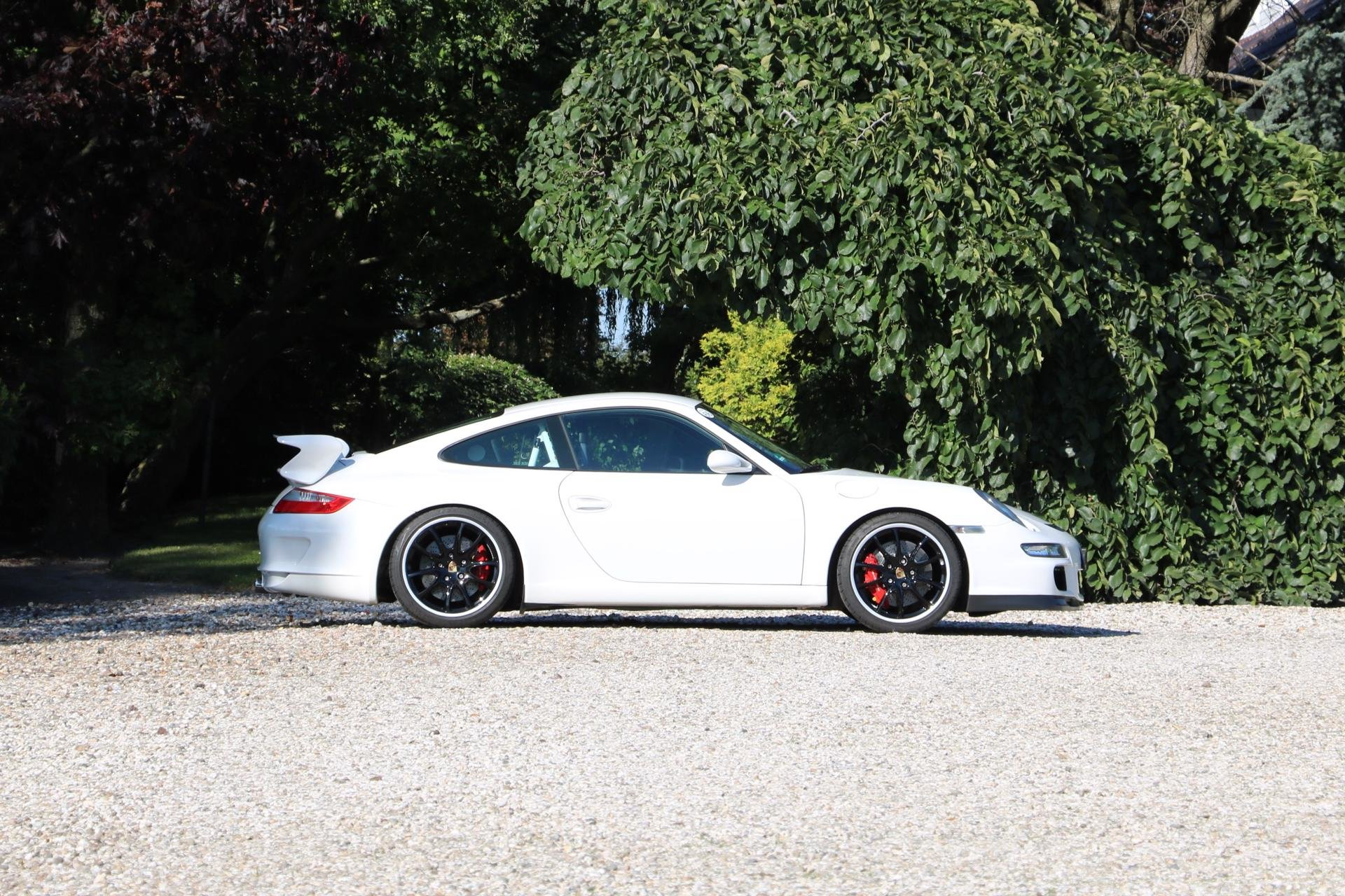 Real Art on Wheels | Porsche 997 GT3