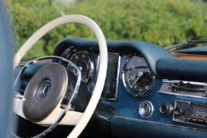 Real Art on Wheels | Mercedes-Benz 280 SL