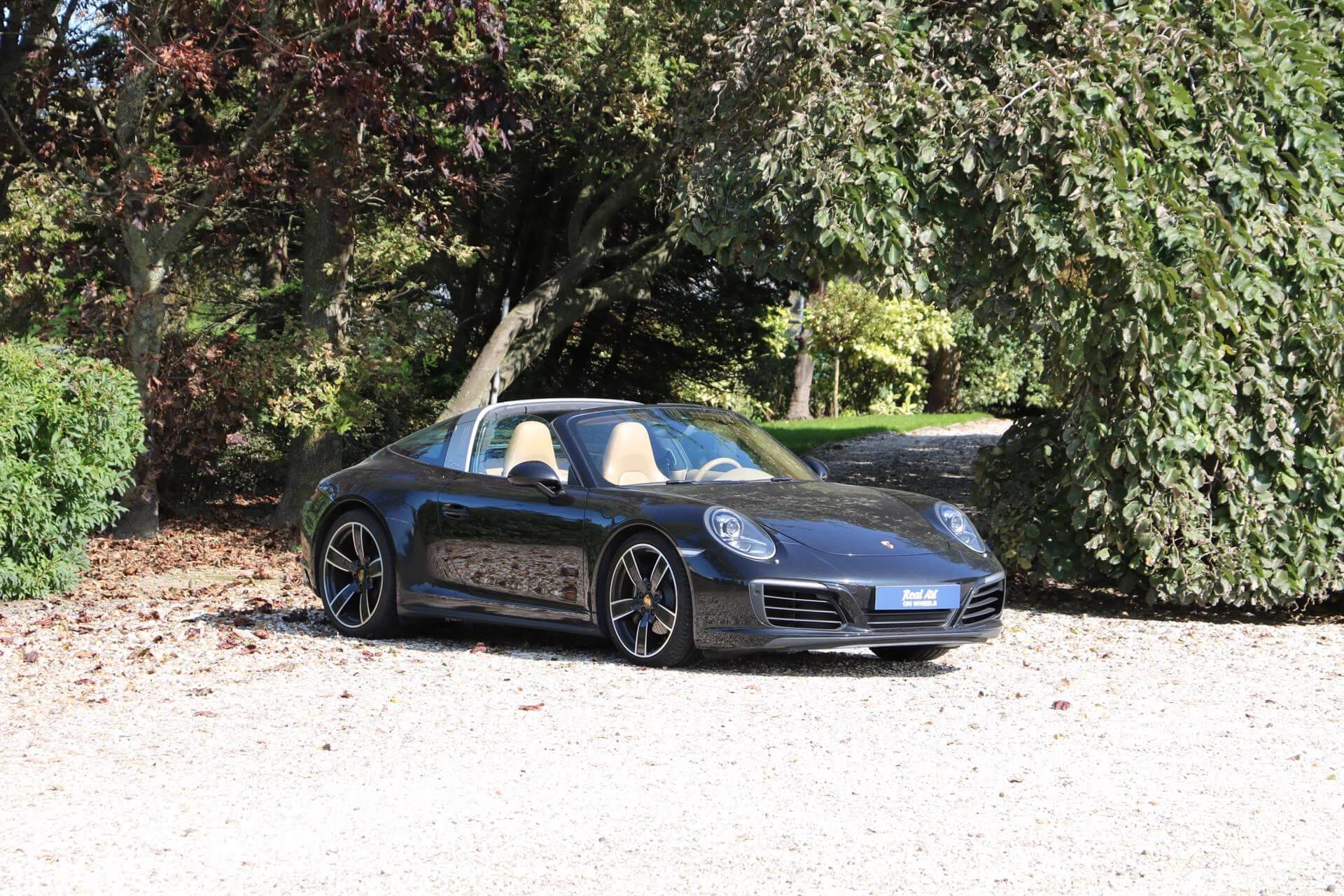 Real Art on Wheels   Porsche 991 Targa
