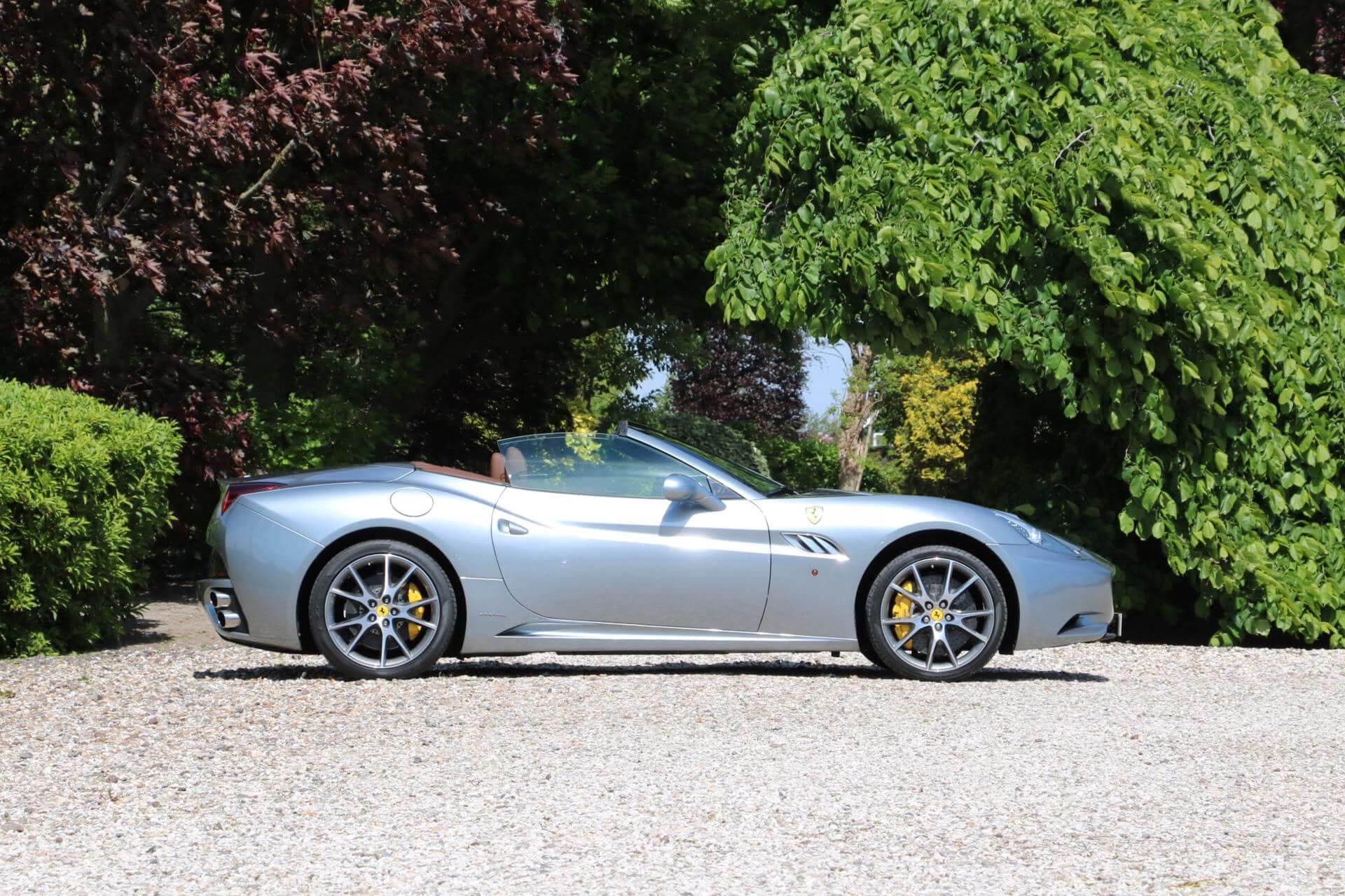 Real Art on Wheels | Ferrari California